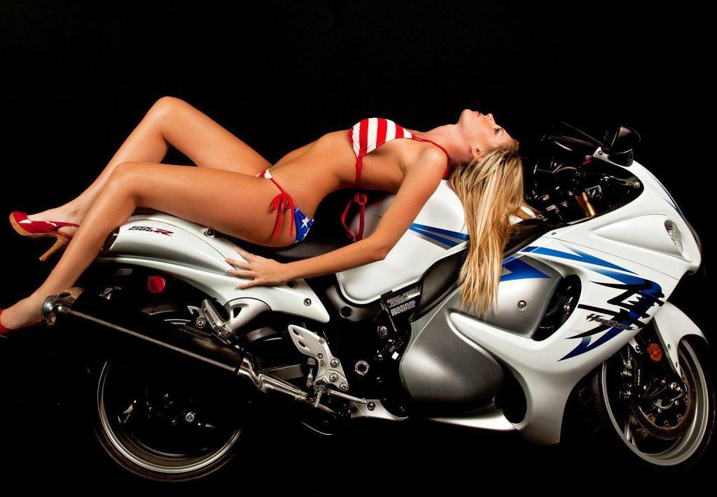 moto tuning girl
